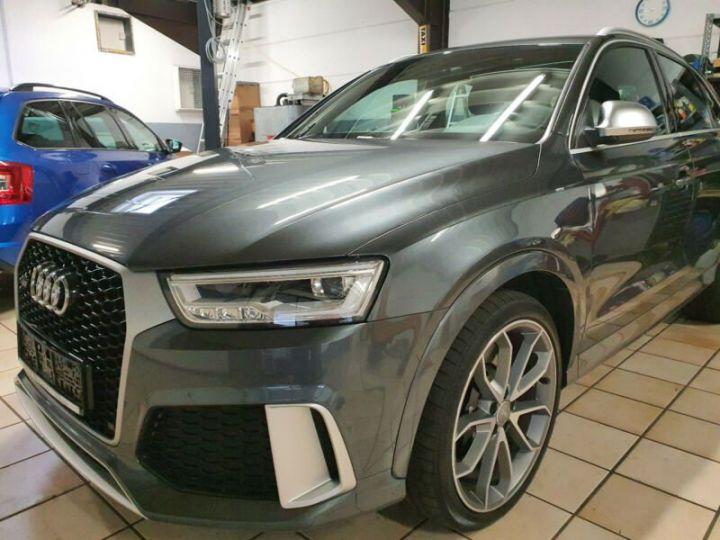 Audi RS Q3 gris  - 2