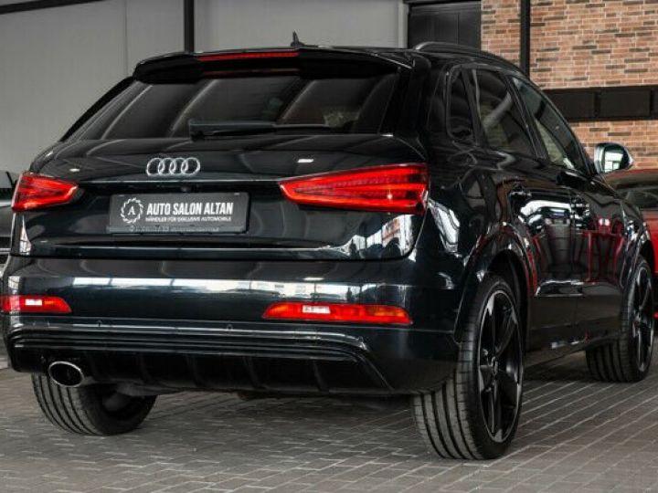 Audi RS Q3 noir  - 3