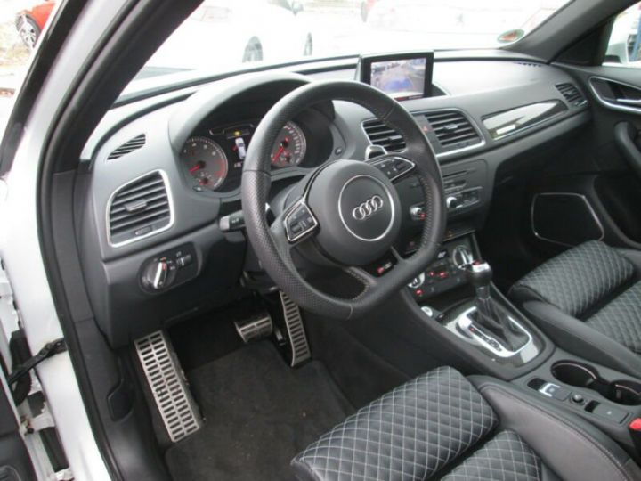 Audi RS Q3 2.5 TFSI Quattro blanc - 4