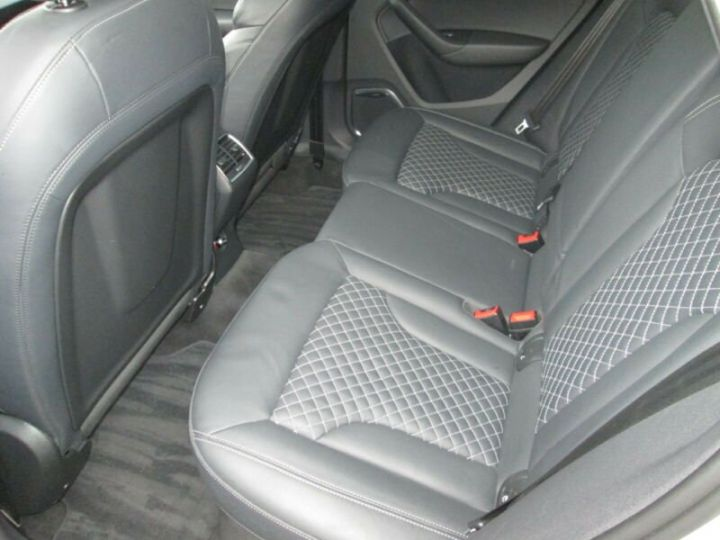Audi RS Q3 2.5 TFSI Quattro blanc - 9