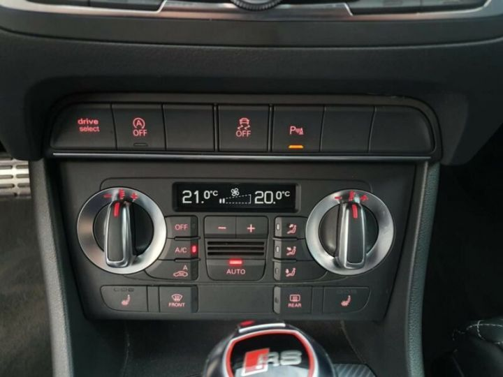 Audi RS Q3 2.5 TFSI Quattro  Gris Daytona - 11
