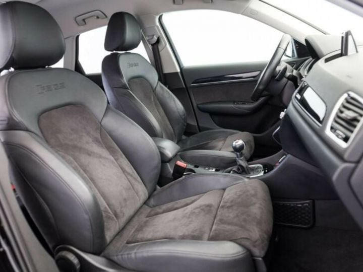 Audi RS Q3 # 2.5 TFSI quattro S tronic, 1ere Main Noir Peinture métallisée - 6