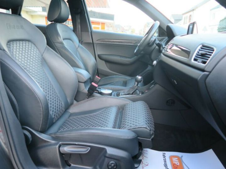 Audi RS Q3 Toit pano Garantie 12 mois  gris foncé - 4