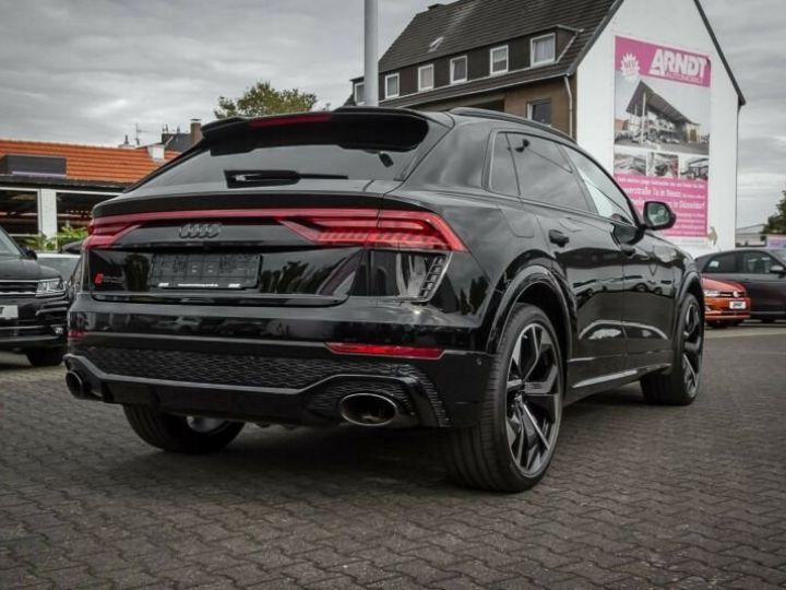 Audi RS Q8 noir - 1