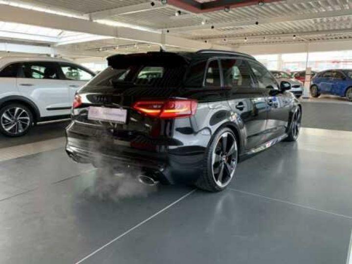 Audi RS3 NOIR - 2