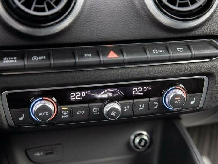 Audi RS3 noir mythos métallisé  - 9