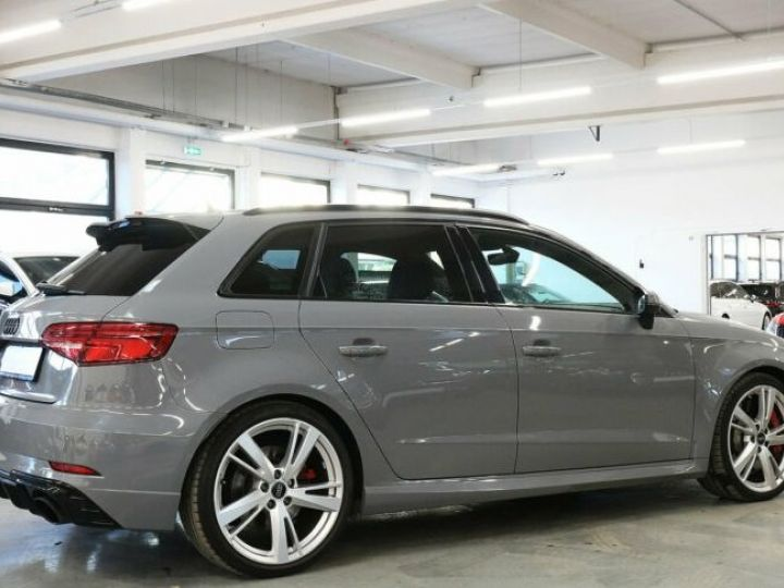 Audi RS3 gris nardo - 3