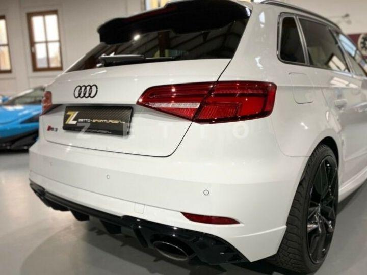 Audi RS3 blanc - 2