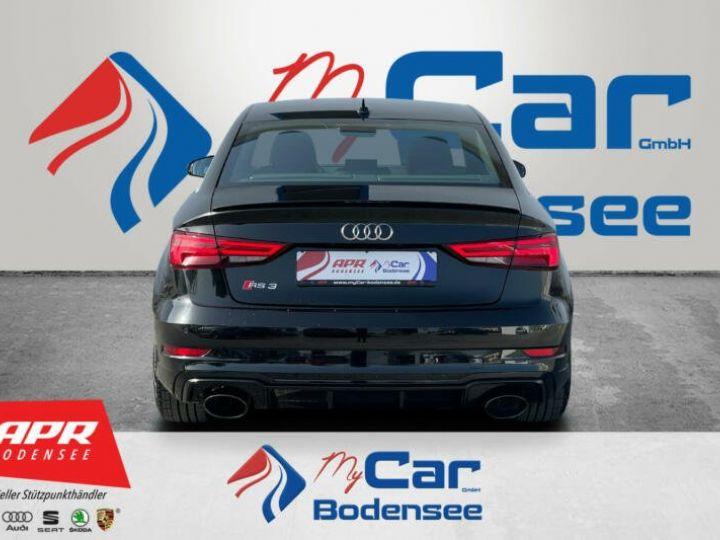 Audi RS3 noire - 3