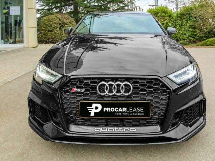 Audi RS3 noire - 1