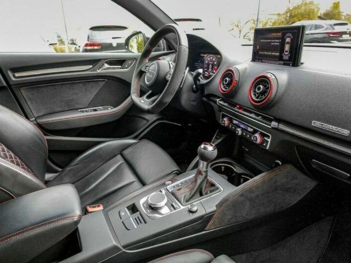 Audi RS3 noire - 5