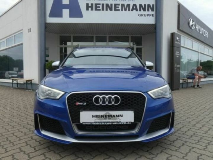 Audi RS3 Bleu - 2