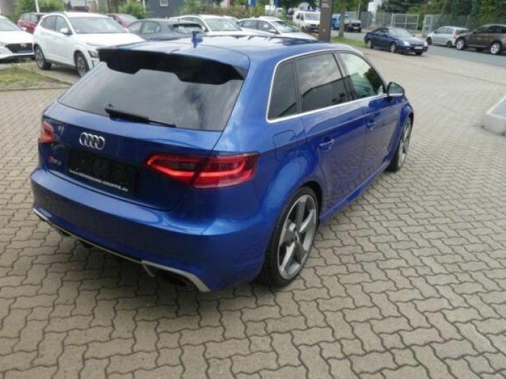 Audi RS3 Bleu - 5