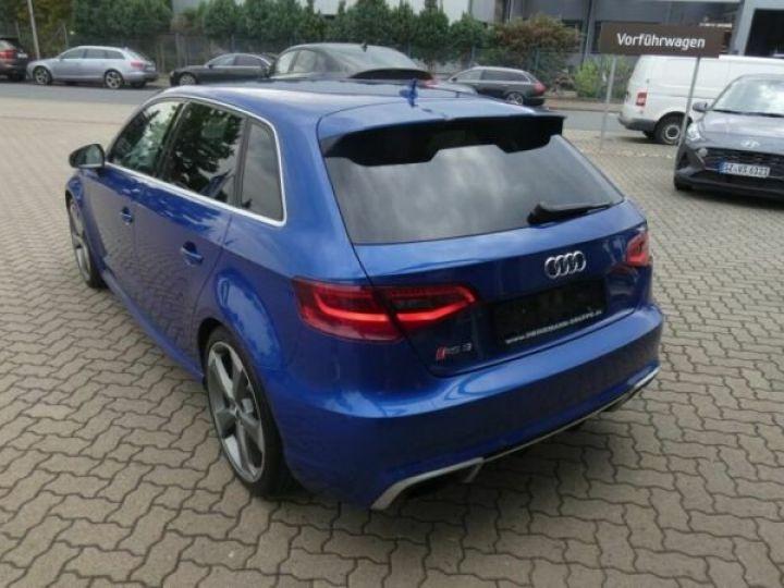 Audi RS3 Bleu - 8