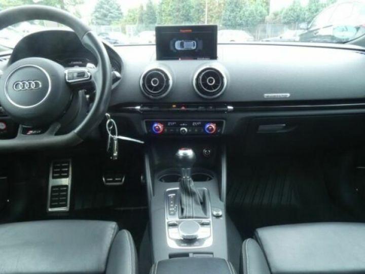 Audi RS3 Bleu - 10