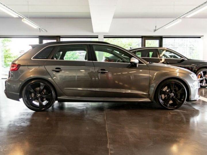 Audi RS3 Gris foncé - 2