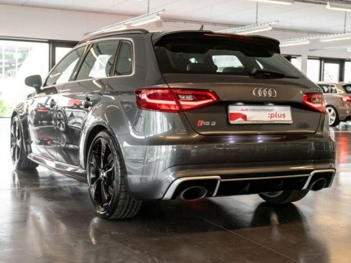 Audi RS3 Gris foncé - 3