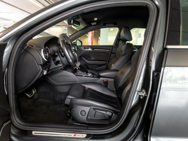 Audi RS3 Gris foncé - 10