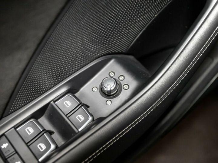 Audi RS3 Gris foncé - 11
