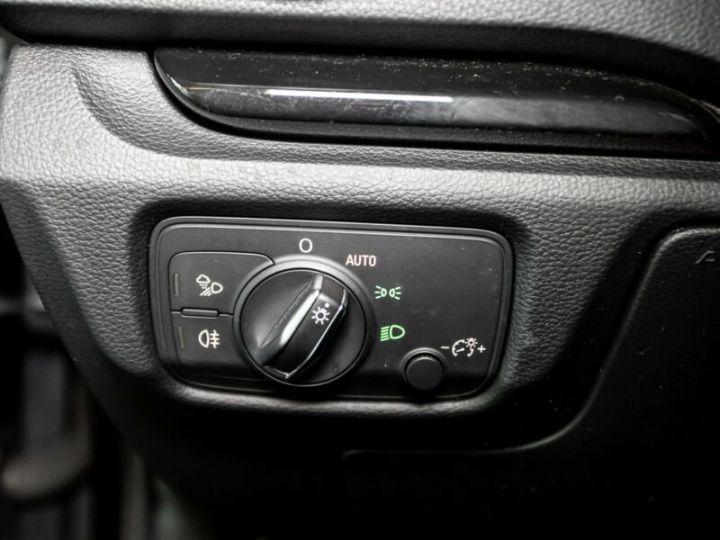 Audi RS3 Gris foncé - 12