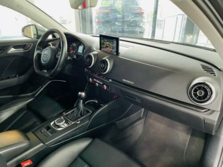 Audi RS3 Noir métallisée  - 14