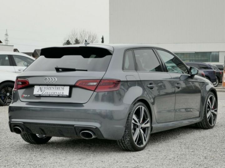 Audi RS3 Audi RS3 SportBack 2.5TFSI 367ch Quattro Stronic7 Gris Foncé - 6