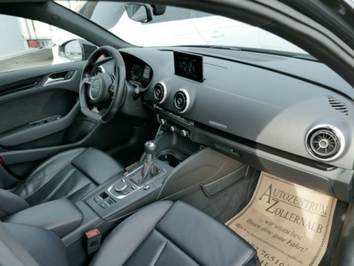 Audi RS3 Audi RS3 SportBack 2.5TFSI 367ch Quattro Stronic7 Gris Foncé - 10