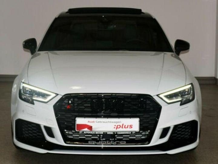 Audi RS3 Limousine 2.5 TFSI quattro S tronic  - 4
