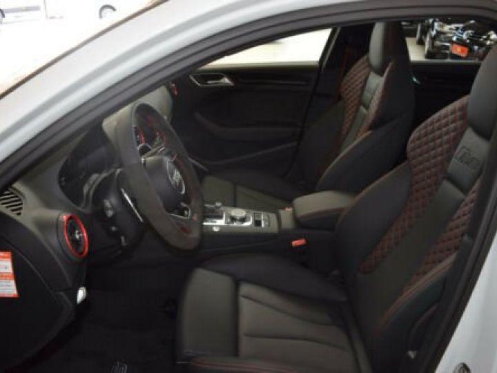 Audi RS3 Limousine 2.5 TFSI quattro S tronic  - 9