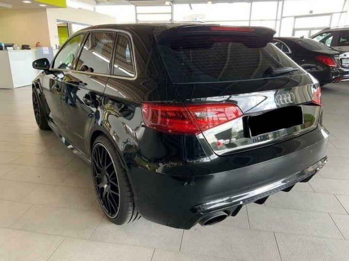 Audi RS3 Sportback Noir - 2