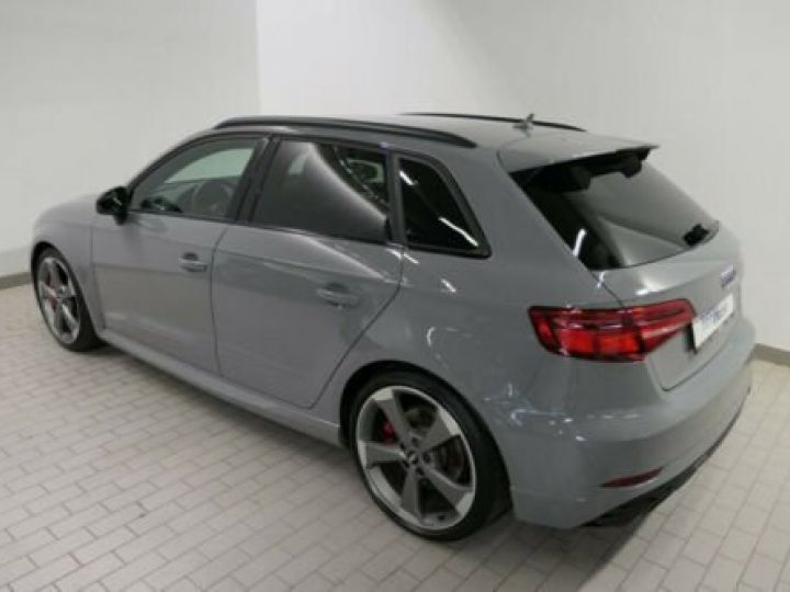 Audi RS3 Sportback Gris nardo - 3