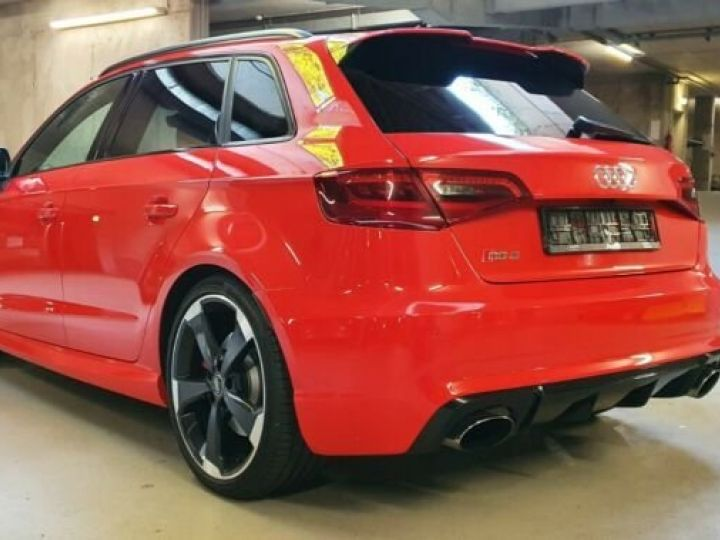 Audi RS3 Sportback 2.5 TFSI rouge - 2