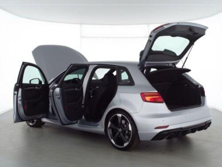Audi RS3  Sportback 2.5 TFSI quattro I Matrix I V-Max Gris métallisée  - 13