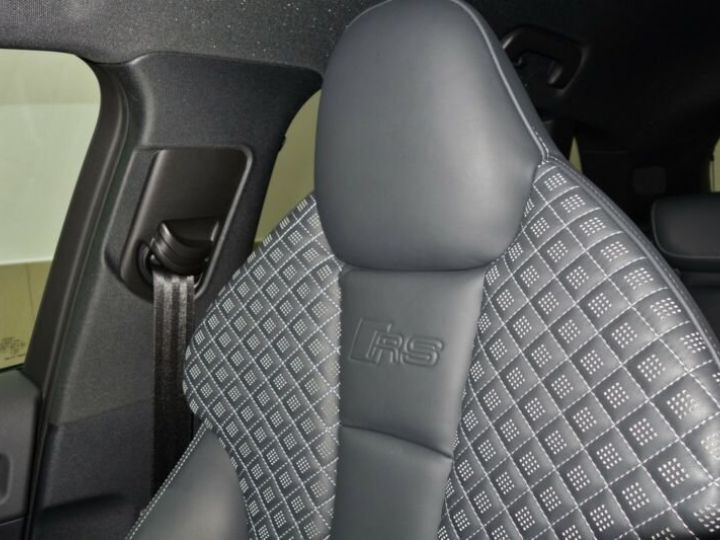 Audi RS3 sportback * malus inclus *  rouge - 9
