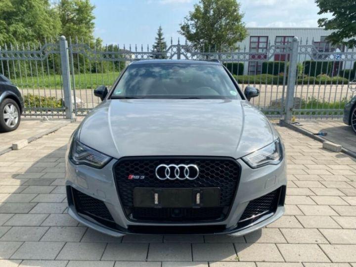 Audi RS3 Toit Panoramique / Sièges RS / Caméra de recul / Enceinte B&O / Echappement RS Gris nardo - 2