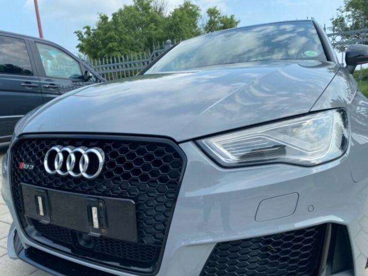 Audi RS3 Toit Panoramique / Sièges RS / Caméra de recul / Enceinte B&O / Echappement RS Gris nardo - 4