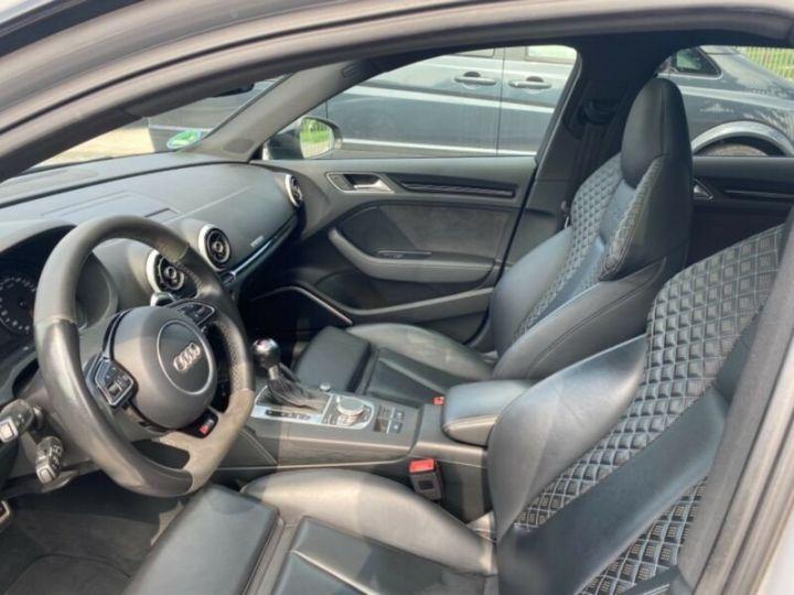 Audi RS3 Toit Panoramique / Sièges RS / Caméra de recul / Enceinte B&O / Echappement RS Gris nardo - 8