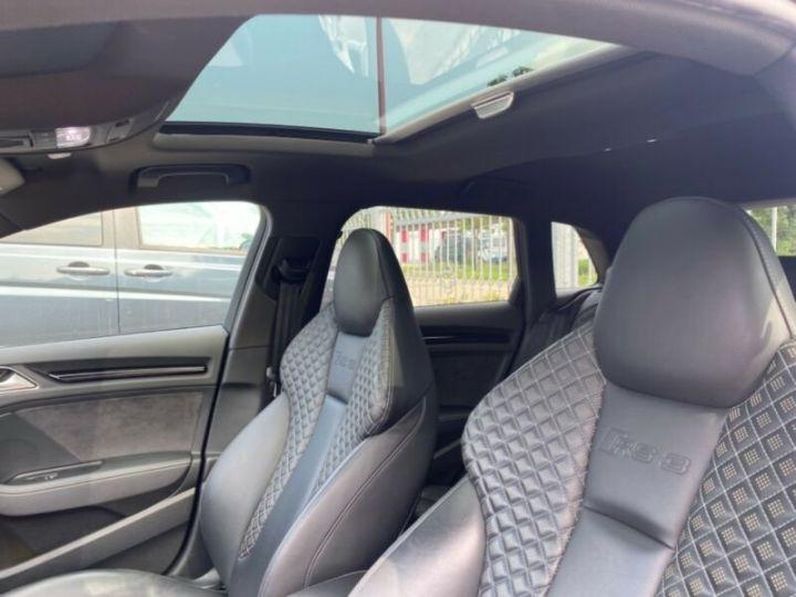 Audi RS3 Toit Panoramique / Sièges RS / Caméra de recul / Enceinte B&O / Echappement RS Gris nardo - 9