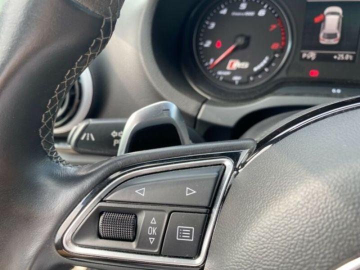 Audi RS3 Toit Panoramique / Sièges RS / Caméra de recul / Enceinte B&O / Echappement RS Gris nardo - 10