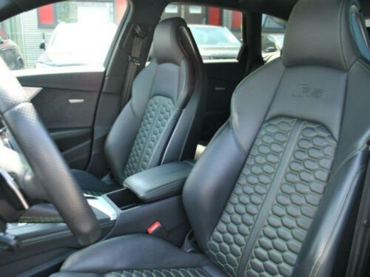 Audi RS4 Gris - 19