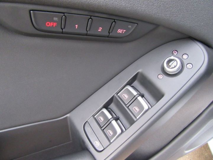 Audi RS4 4.2 V8 FSI 450CH QUATTRO S TRONIC 7 GRIS SUZUKA Occasion - 11