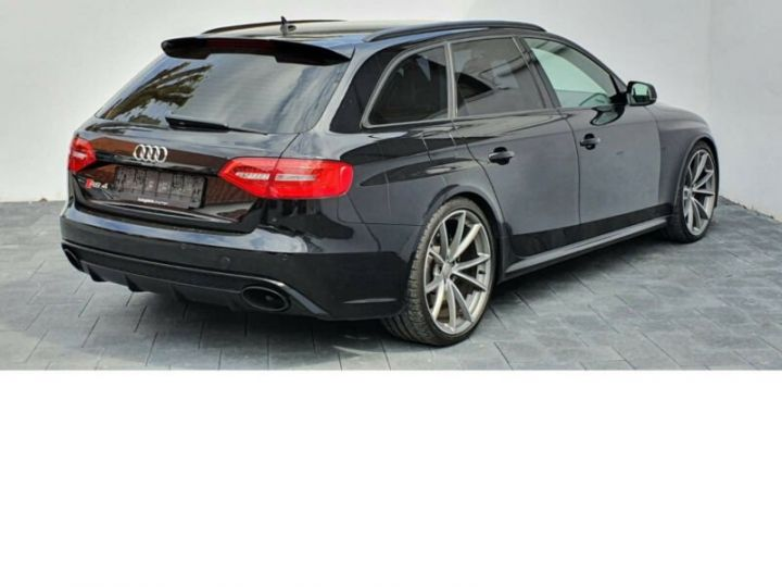 Audi RS4 4.2l FSI Quattro noir - 4