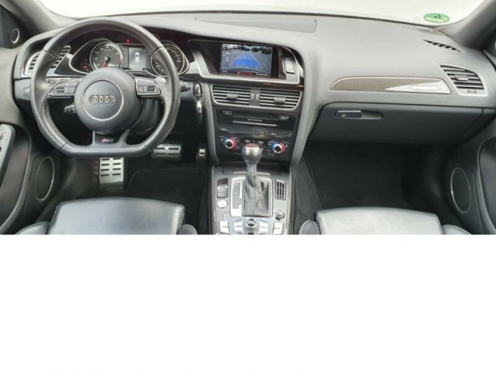 Audi RS4 4.2l FSI Quattro noir - 7