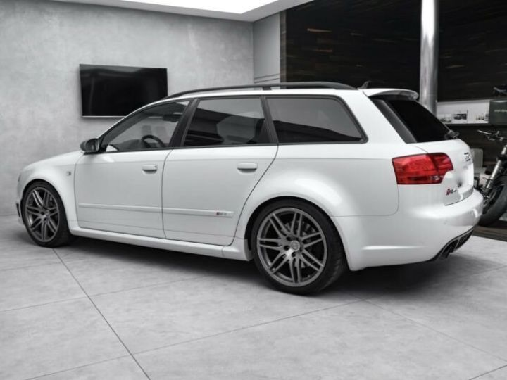 Audi RS4 4.2l FSI Quattro Exclusive  Gris Suzuka - 4
