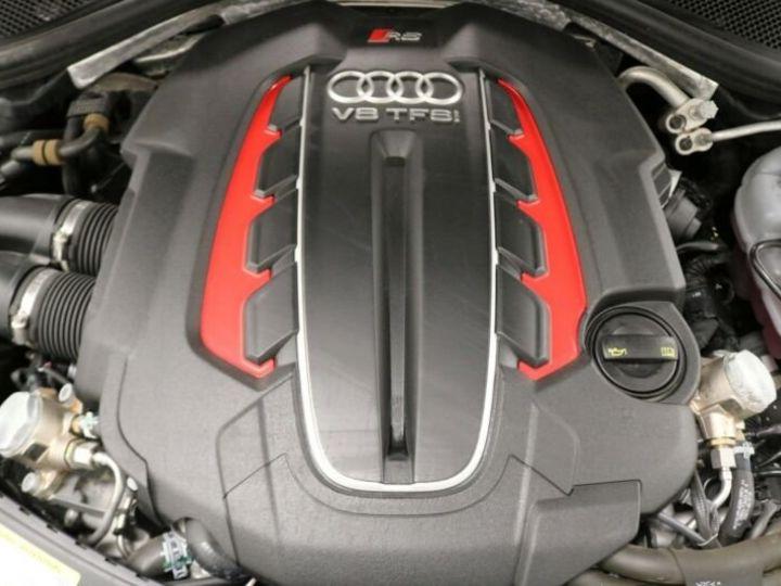 Audi RS6 noir - 12
