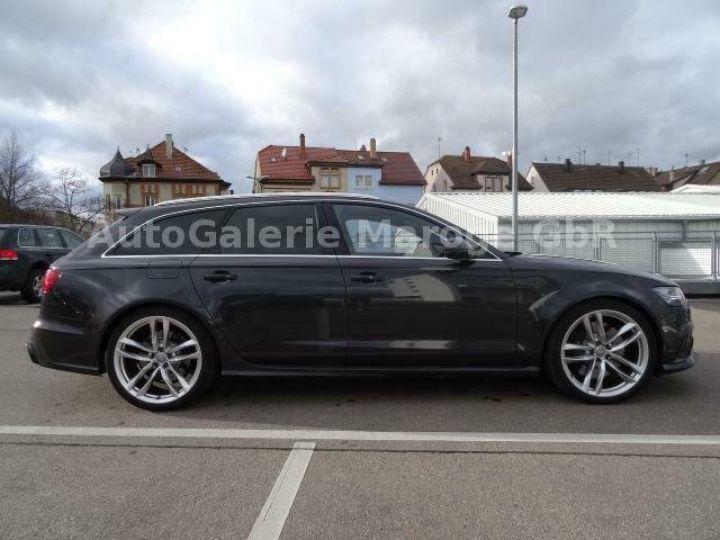 Audi RS6 gris - 7