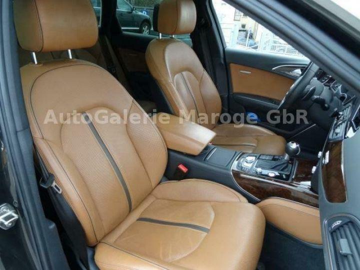 Audi RS6 gris - 8