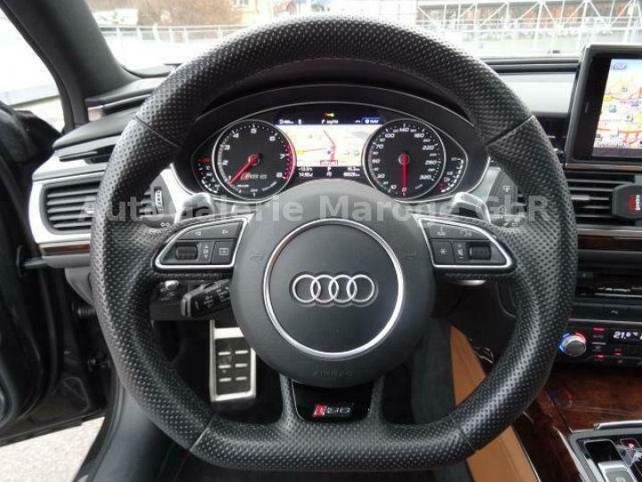 Audi RS6 gris - 13