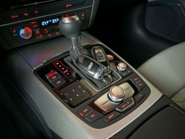 Audi RS6 Gris métallisée  - 18
