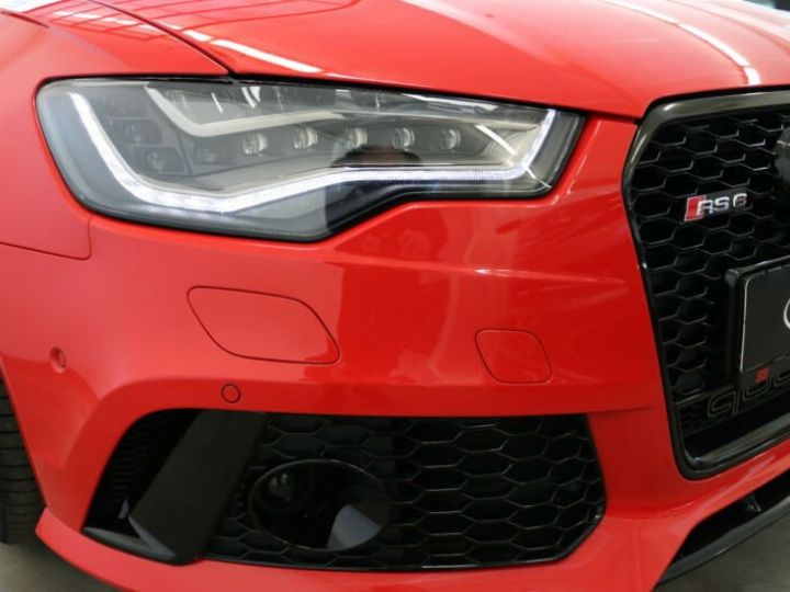 Audi RS6 Rouge - 14